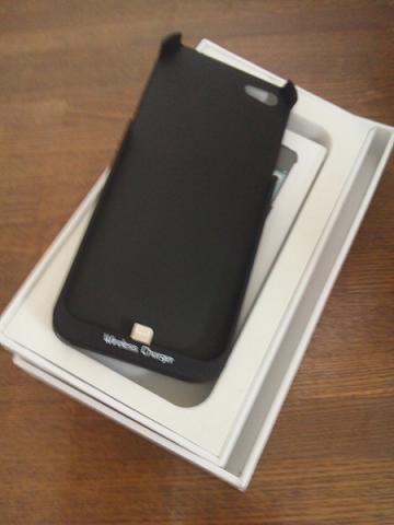 iPhone5でqi充電をしてみる GMYLE (TM) iPhone 5専用「Qi」規格ワイヤレス無線充電器ケース1