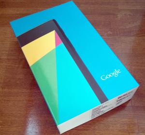 Nexus7 2013が届く。早速開封&液晶保護フィルムを貼る!